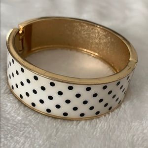 Black and white polka dot bracelet